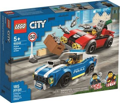 LEGO<sup>&reg; </sup> City <br>Police Highway Arrest