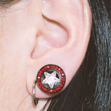 Pair of Black Screw-Fit Ear Plugs with Red and Clear CZ Star Design