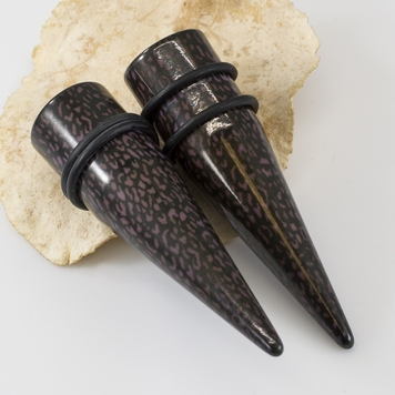 Pair of Leopard Print Design Tapers & Plugs w/ O- Rings