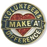 1 INCH DIAMETER VOLUNTEERS MAKE A DIFFERENCE LAPEL PIN