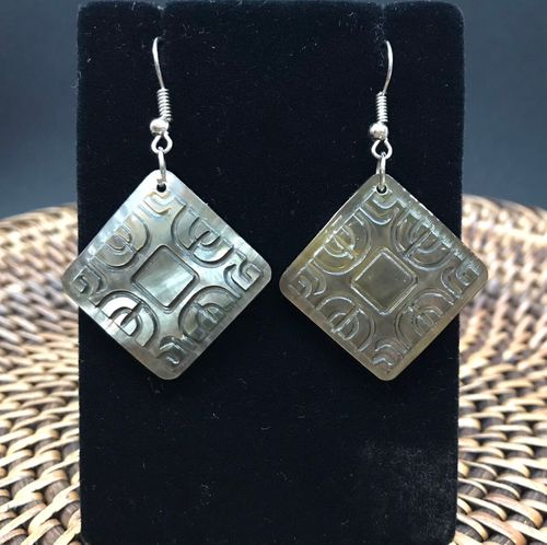 Etched Diamond shaped Shell Earrings