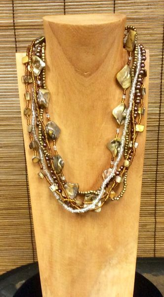 Fall Pearl Necklace - Brown