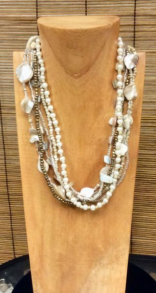 Fall Pearl Necklace - Ivory