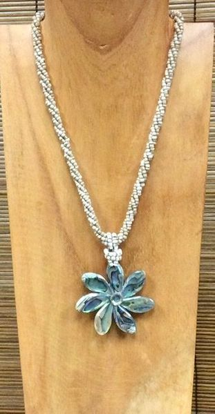 Abalone Flower Shell Necklace-Cream