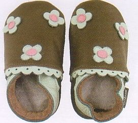 Bobux baby girl very soft brown leather shoes with pink and mint flowers and suede sole to prevent slipping. These shoes are made to stay on and are recommended by doctors. Wonderful year round shoes for your infant or toddler girl!