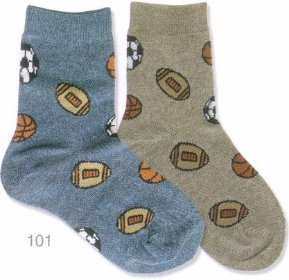 Country Kids mostly cotton socks with sports ball print. The boys love these socks. One of our best sellers.