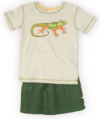Crokids Leggo my Gecko white shirt with a lizard on the front and green cargo shorts. Very fun and great for your boy.
