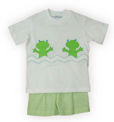 Funtasia Too Peek-a-Boo Frog white shirt with two happy frogs and green and white checked shorts. Super cute and matches the girls outfits.