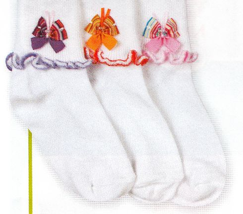 Jefferies Flutter Butterfly Cotton Socks. Comes with a butterfly in purple, orange, and pink.