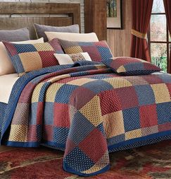 Patriotic Charm Star Quilt Set