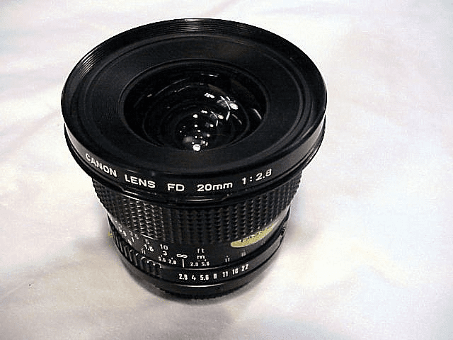 20mm f2.8 Canon FD new style mount