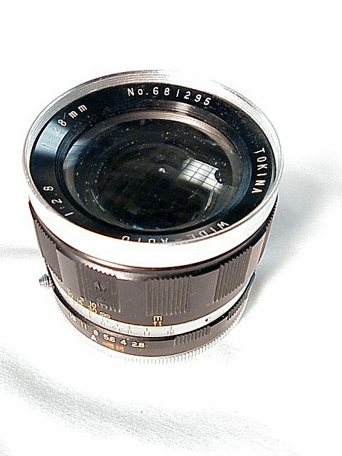 28mm f2.8 Tokina Lens for Pentacon Screw Mount