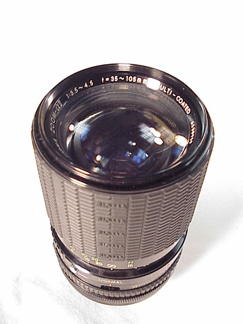 35-105mm f3.5-4.5 Sigma Lens for Konica