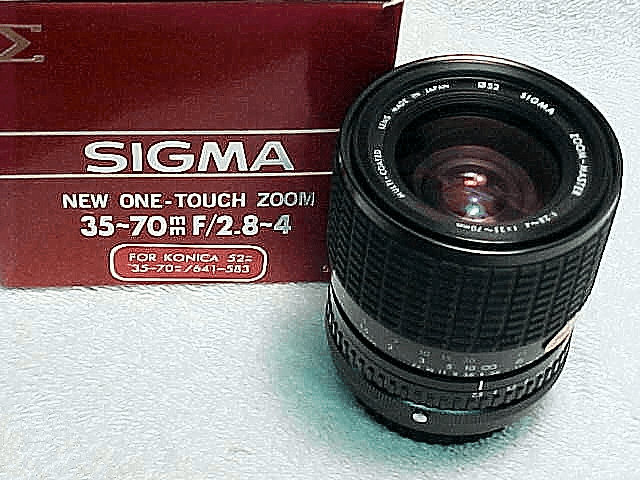35-70mm f2.8-4.0 One Touch Sigma Zoom for Konica (New)
