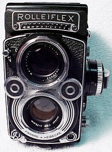 <b><u>A Twin Lens Reflex Article</u></b><br>by James Vilett