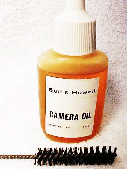 B&H Camera Oil with a Camera Cleaning Brush (No 2)
