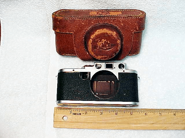 "Brown ""Alligator texture"" Leica Case (Needs Work)"