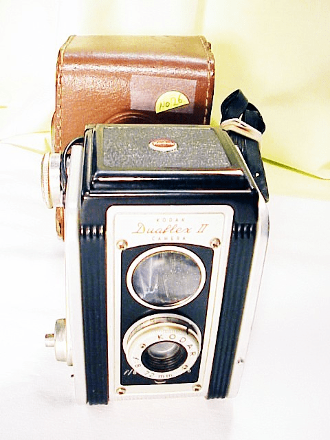 Duaflex II TLR with case (127 film) (No 26)
