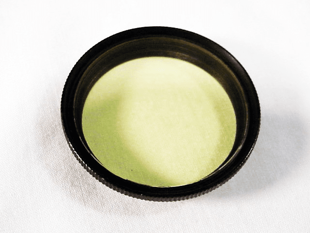 E. Leitz Wetzlar  Light Yellow 36mm Filter (No 160)