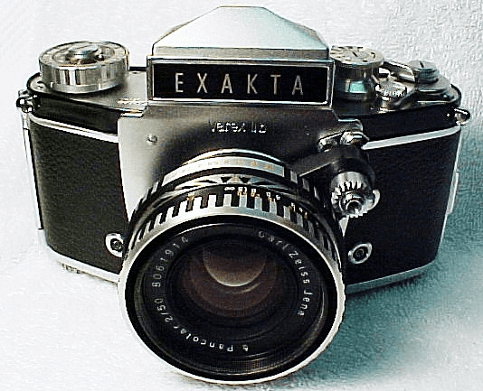 Exakta IIb with 50mm f2.0 Pancolor Carl Zeiss Lens
