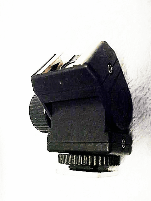 Flash Shoe Swivel with PC fittings (No 25)