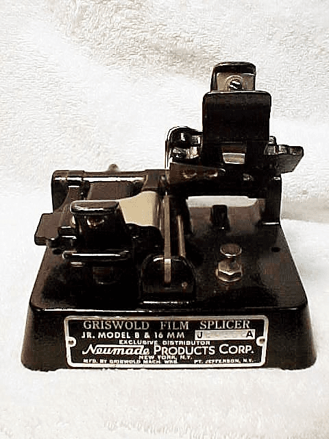 Griswold Jr Model 8/16mm Cast Iron Splicer (No 12)