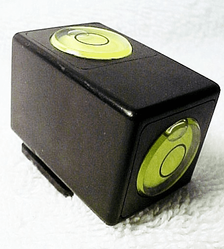 Kaiser Black Bubble level with 2 built in levels and a shoe