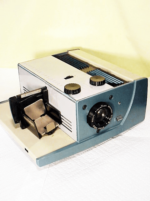 """Kodak 300 Projector with 100mm(4"""")  f3.5 Lens for stacks of slides"""
