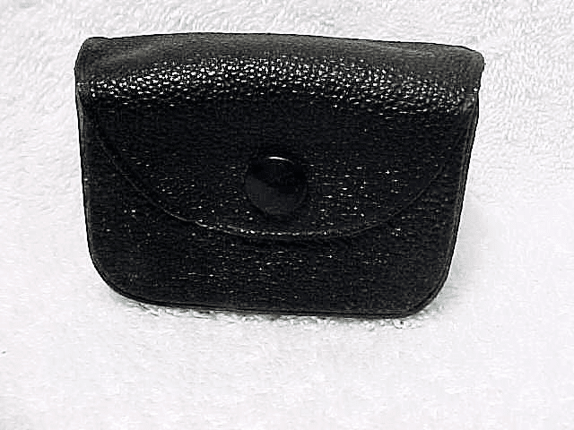 Minox accessory case (damaged snap area) (No 4)