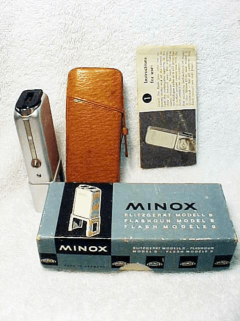 Minox Flashgun Model B for Minibulbs (No 15)