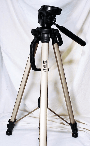 Photo Logic Tripod with carrying case