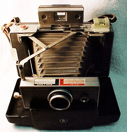 Polaroid Automatic 100 Camera