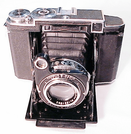Zeiss Super Ikonta B (uses 120 film)