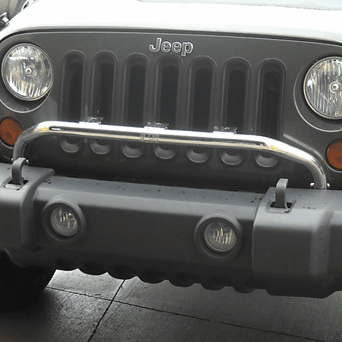 ( 1113820 ) Bumper Mounted Light Bar, Stainless Steel, 07-18 Jeep Wrangler by Rugged Ridge