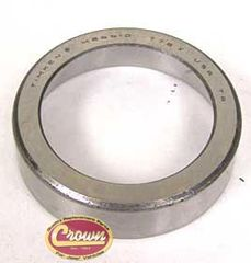 19)�Front Output Shaft Bearing Cup for 1980-86 Jeep CJ with Model 300 Transfer Case
