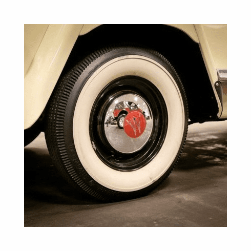 ( DMC-644365 ) Hub Cap, Chrome, 1946-1955 Willys 2WD Station Wagons and 1948-1951 Jeepsters. by Omix-Ada