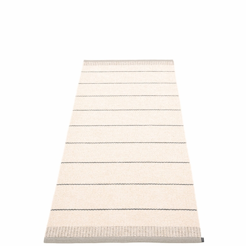 Bella Plastic Rug - Warm Grey, 2 3/4' x 6 1/2'