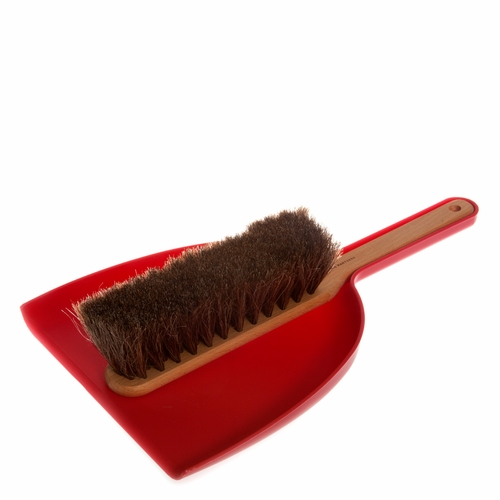 Iris Hantverk Dustpan and Brush Set - Red