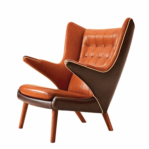 PP Mobler Papa Bear Chair, Elegance Walnut/Mocha Mix Leather with Vegeta Nature Piping, Walnut Paws, Walnut Legs