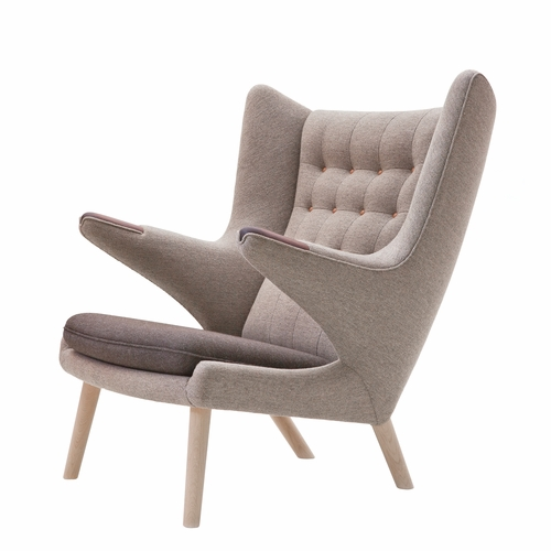 PP Mobler Papa Bear Chair, Hallingdal Beige Mix Fabric, Walnut Paws, Oak Soap Legs