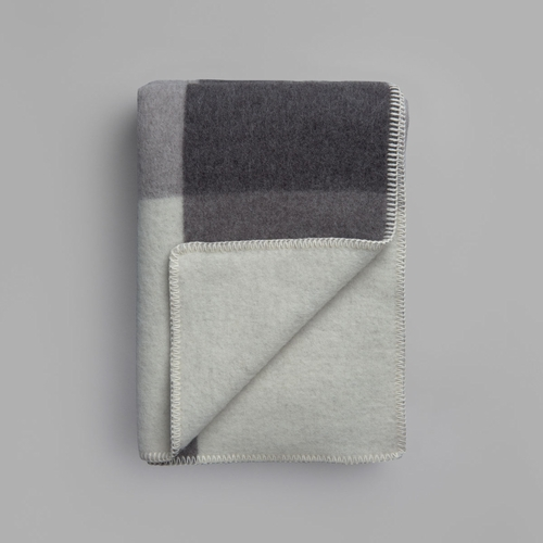 "Roros Tweed Syndin Wool Blanket, Slate - 53"" x 79"""