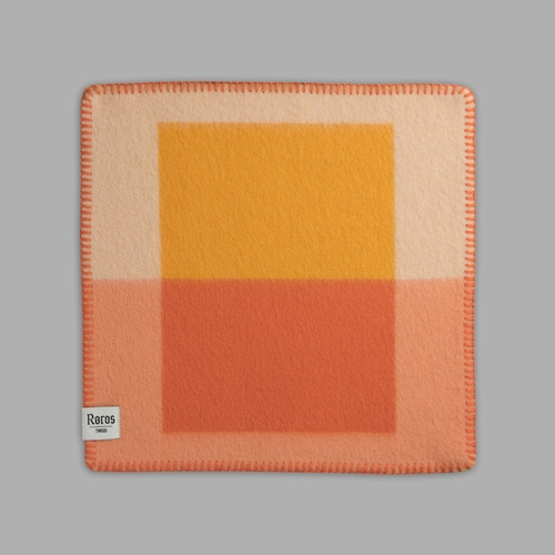 "Roros Tweed Syndin Wool Seating Pad, Cloudberry - 18"" x 18"""