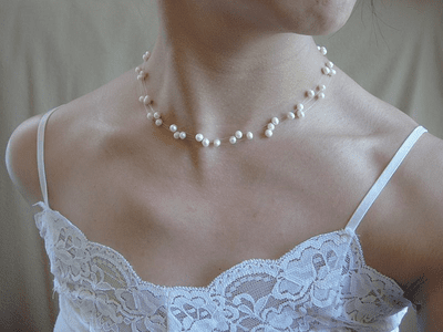 fresh water pearl floating necklace