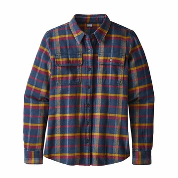 Patagonia Womens Long Sleeve Fjord Flannel Shirt Rebel: Arrow Red