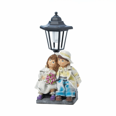 Couple With Solar Street Light Statue