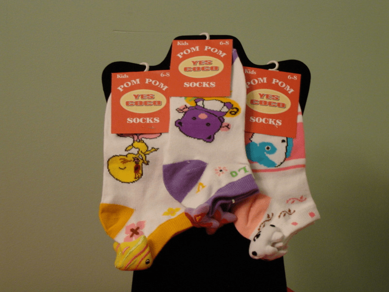 Yes Coco Computer Socks Low-Cut w/Charm on Back