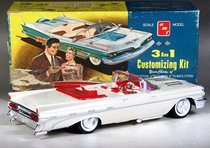 AMT 1959 Pontiac Bonneville Convertible 3 in 1 Built Kit with Box