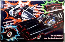 Polar Lights 1966 Batmobile Snap Kit with Pre-Painted Figures
