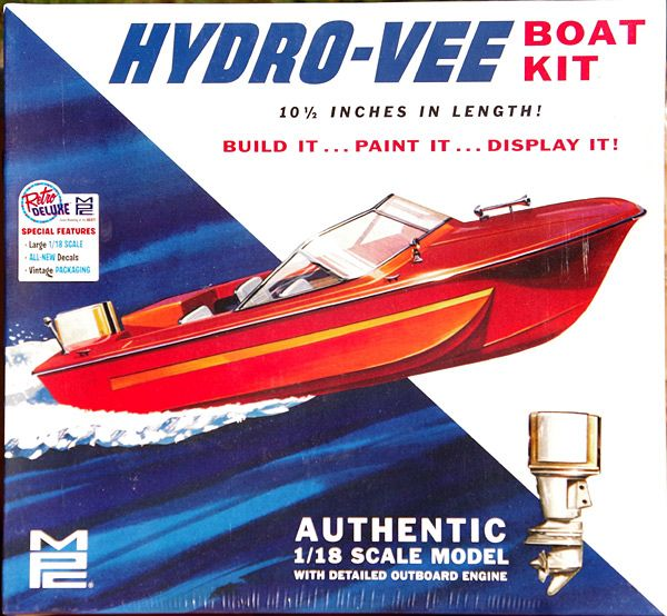 MPC Chrysler Charger 183 Hydro-Vee Boat and Trailer with Chrysler Outboard Motor, 1/18 Scale