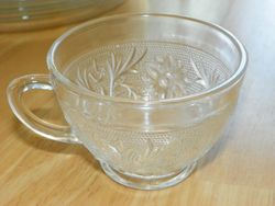 Anchor Hocking Sandwich Pattern Punch Cups